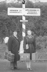De evacuatie van Arnhem nagespeeld (Geschiedenisleeft)
