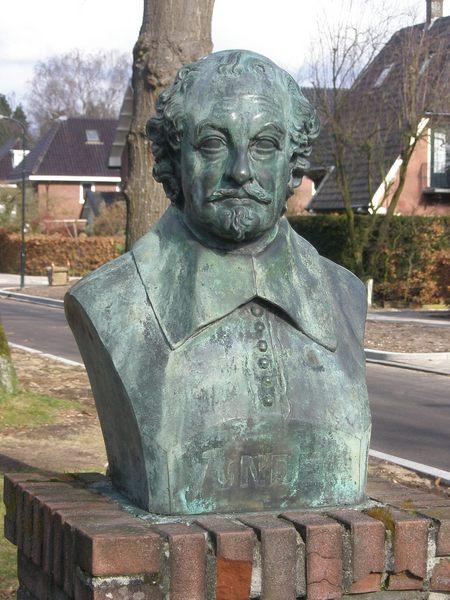 Buste van Vondel (Vondellaan/Bilderdijklaan Apeldoorn)