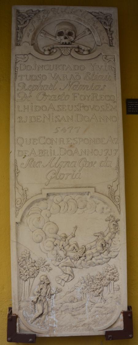 Grafsteen van Elias Namias de Crasto