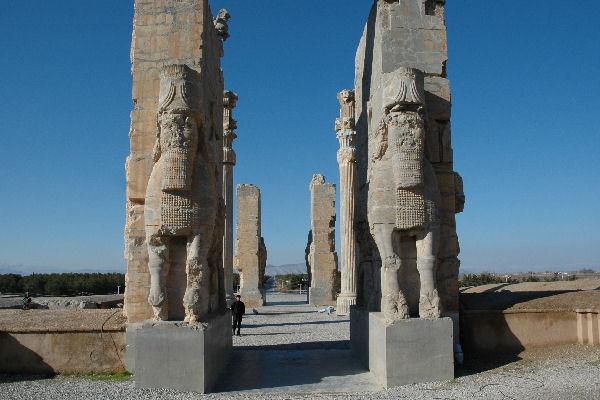 Poort van alle naties, Persepolis
