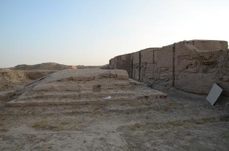 Een van de noordelijke stupa's